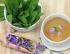 Dajte si šálku či dve: Šalviový čaj výborne chutí a účinkov má na rozdávanie!