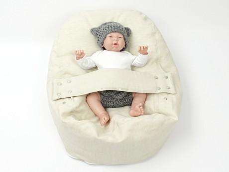 Dojčenie s dojčiacim vankúšom