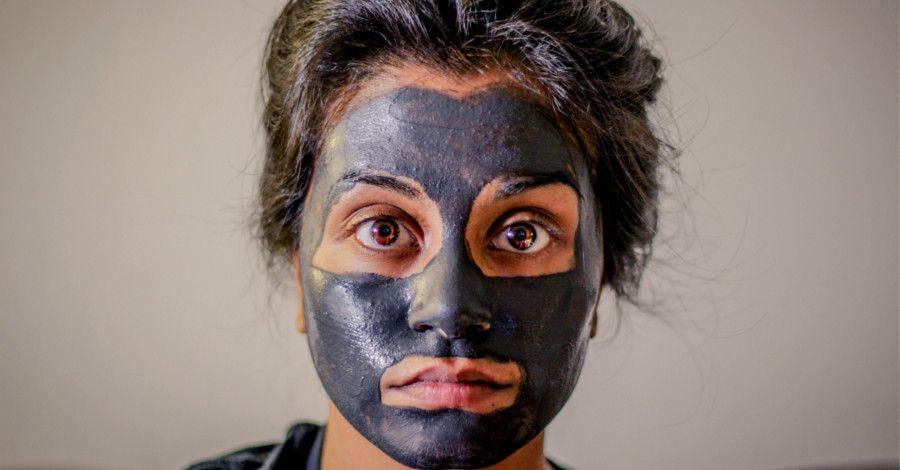 """Domáca """"kávová"""" maska, ktorá vyhladí všetky vrásky"""
