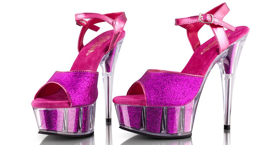 Nebojte sa extravagancie a vyšperkujte svoj šatník
